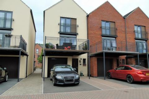 3 bedroom townhouse to rent - Yr Hafan, Langdon Road, Swansea SA1 8RD