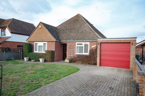 3 bedroom detached bungalow for sale - Bath Road Thatcham