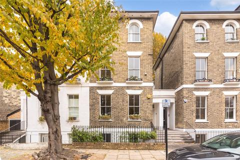 2 bedroom maisonette to rent - Richmond Crescent, London