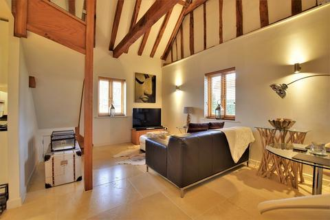 1 bedroom barn conversion to rent - Canfield Road, Takeley