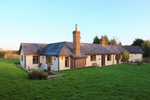5 bedroom detached house for sale - Beech Lane, Matfield