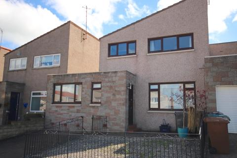 4 bedroom flat to rent - Greenend Gardens, Liberton, Edinburgh