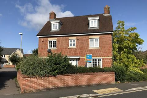 6 bedroom detached house to rent - Kingsway, Gloucester