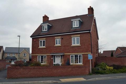 6 bedroom detached house to rent - Kingsway, Gloucester