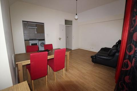 1 bedroom apartment to rent - Tooting High Street, London