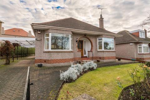 3 bedroom bungalow for sale - 36 Elliot Park, Craiglockhart, Edinburgh, EH14 1DX