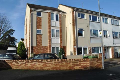 2 bedroom maisonette to rent - Pilgrims Way, Downend, Bristol