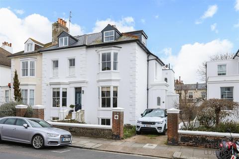 2 bedroom flat to rent - Albany Villas, Hove