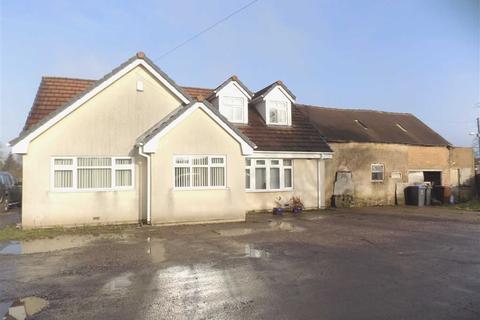 3 bedroom detached bungalow for sale - Leek Road, Wetley Rocks, Staffordshire