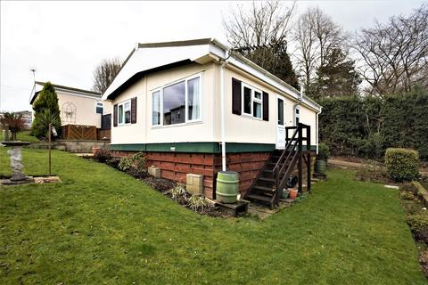 2 bedroom park home for sale - Lower Road, East Farleigh, Maidstone