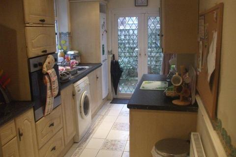 2 bedroom house to rent - Brompton Road, Fallowfield, Manchester