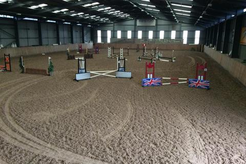 Equestrian facility for sale - Winslow, Bromyard