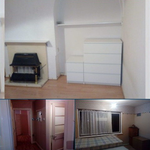 2 bedroom semi-detached house to rent - chelmford avenue, Romford, Rm5