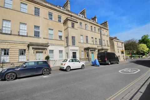 2 bedroom maisonette to rent - Marlborough Buildings
