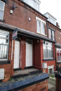 6 bedroom terraced house to rent - Hartley Grove, Woodhouse, Leeds