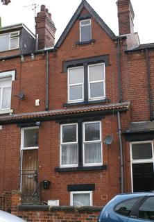 4 bedroom terraced house to rent - Burchett Place, Woodhouse, Leeds