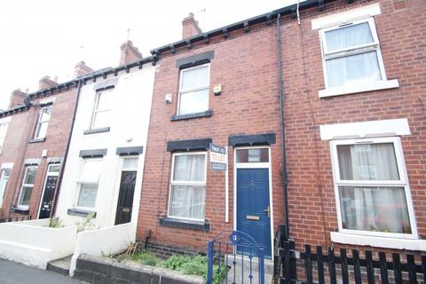 4 bedroom terraced house to rent - Carberry Place, Hyde Park, Leeds