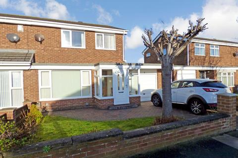 3 bedroom semi-detached house for sale - Hamilton Crescent, North Shields, Tyne and Wear, NE29 8DW