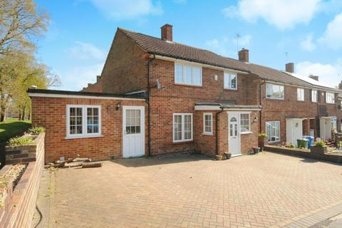 4 bedroom house to rent - Lindenhill Road, Bracknell, RG42