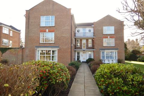 2 bedroom apartment to rent - Phyllis Court Drive, Henley-on-Thames