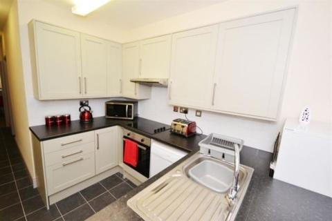 3 bedroom apartment to rent - Balfour Road, Lenton, Nottingham