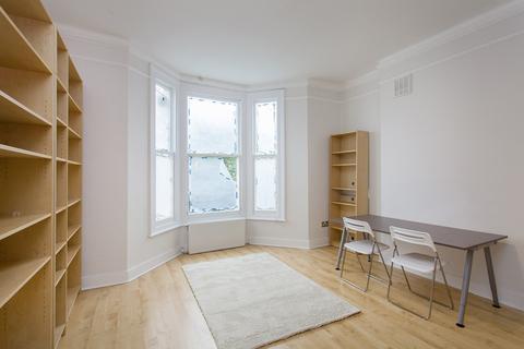 1 bedroom flat to rent - St Stephens Avenue, Shepherd's Bush, W12