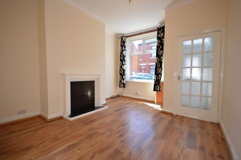 2 bedroom semi-detached house for sale - Jackson Street, Layton, FY3