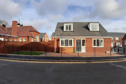 3 bedroom bungalow for sale - Patricia Avenue, Yardley Wood, Birmingham B14