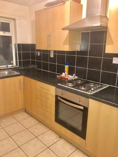2 bedroom end of terrace house to rent - Havelock Road, Southall UB2