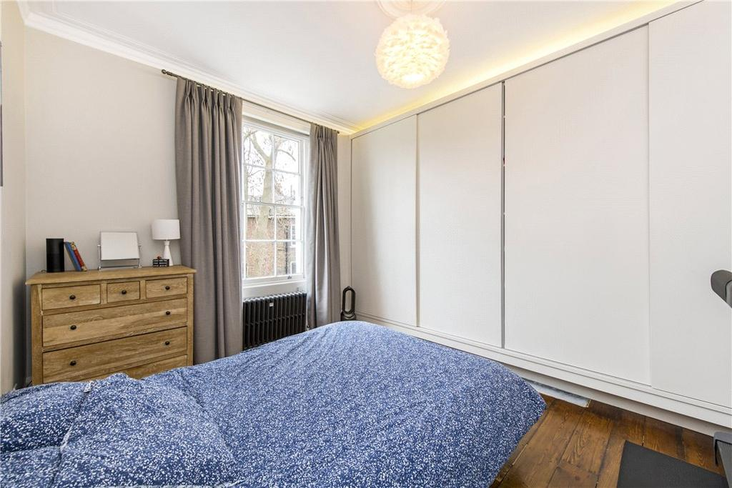 House For Sale In N1