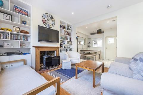 2 bedroom maisonette to rent - Troughton Rd, Charlton, London, SE7 7QF