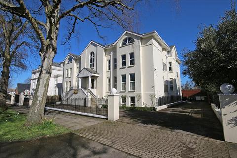 2 bedroom flat to rent - Wellington Square, Cheltenham