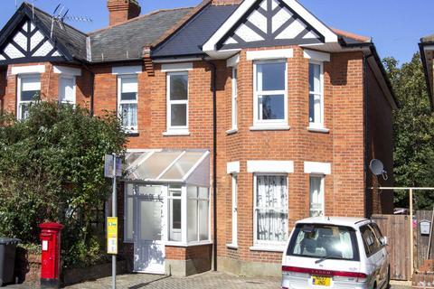 3 bedroom maisonette to rent - Talbot Road, Winton