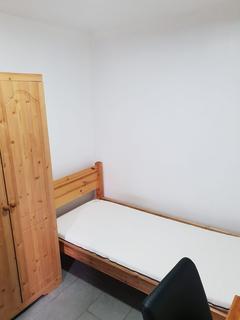 Property to rent - Jacksons Garage, Summer Lane B19