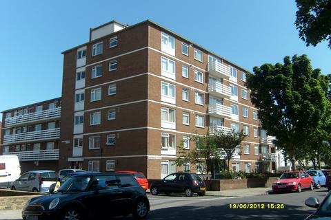 2 bedroom flat to rent - Outram Road, Southsea, Portsmouth PO5
