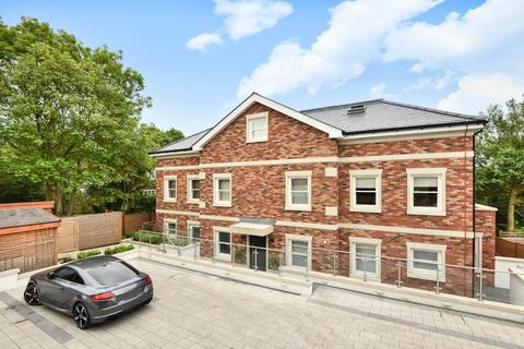 3 bedroom flat for sale - Newlands House, Tenterden Grove, London, NW4