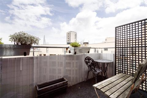 2 bedroom flat to rent - Davoll Court, Marine Street, London, SE16