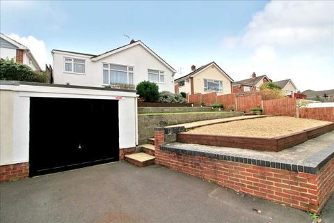 3 bedroom detached bungalow for sale - St Brelades Avenue, Poole