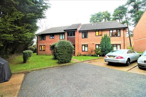 1 bedroom flat for sale - The Forge , Windmill Platt , Handcross, Haywards Heath, West Sussex. RH17 6BS