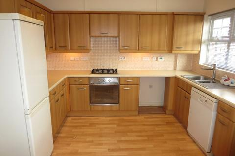 3 bedroom townhouse to rent - Rose Bates Drive, Kingsbury, London, NW9