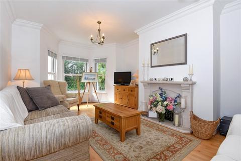 2 bedroom flat for sale - Beaumont Court, 25 Frant Road, Tunbridge Wells, Kent, TN2