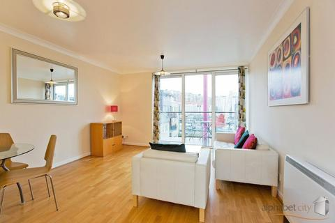 1 bedroom apartment to rent - BOARDWALK PLACE, CANARY WHARF E14
