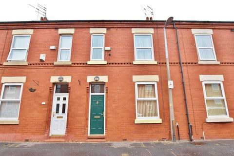 3 bedroom terraced house for sale - Goulden Street, Salford
