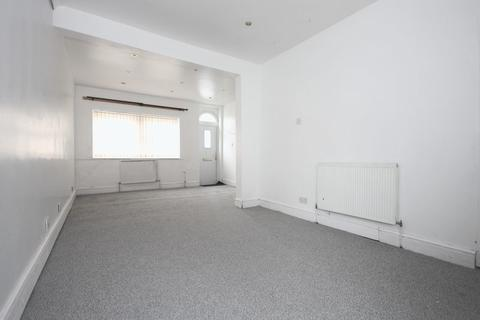 2 bedroom terraced house for sale - White Street, Hull, HU3