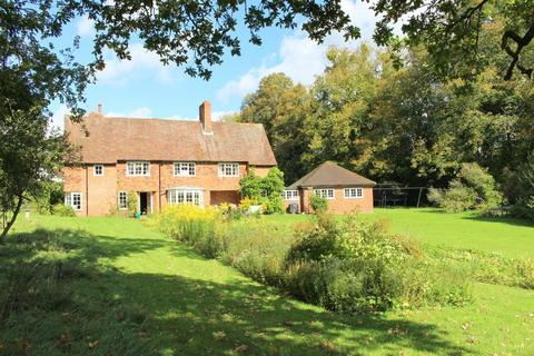 4 bedroom detached house to rent - Itchen Abbas, Winchester
