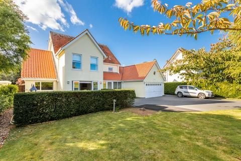 4 bedroom detached house for sale - Fort George, St. Peter Port, Guernsey