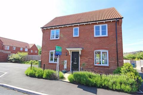 3 bedroom detached house for sale - Wagtail Grove, Bishops Cleeve, Cheltenham, GL52