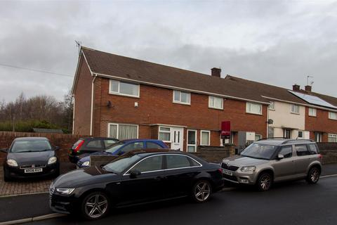 3 bedroom end of terrace house to rent - Worle Avenue, Llanrumney,