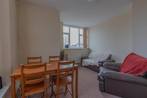 2 bedroom private hall to rent - Newport Road, Roath