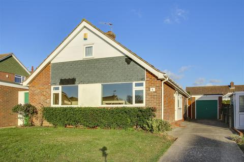 3 bedroom bungalow to rent - Kingsmead Seaford East Sussex